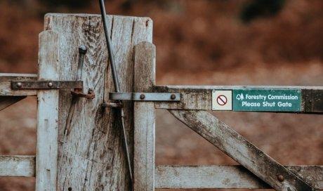 Barrières DFCI en milieu forestier Vitrolles