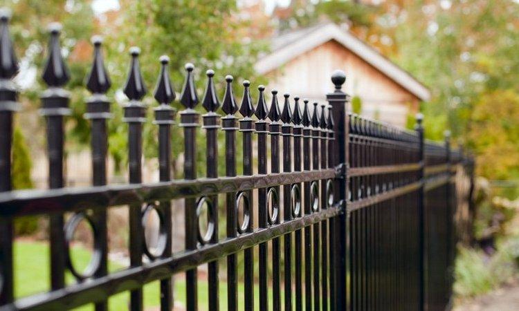 Pose de clôtures défensives Vitrolles